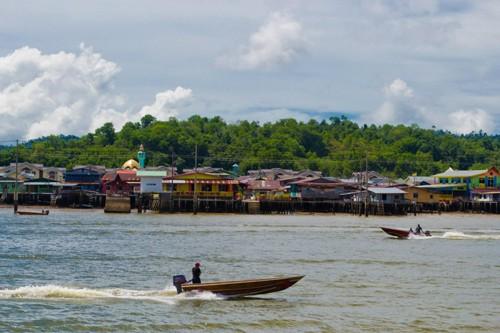 Kampong Ayer Floating Village
