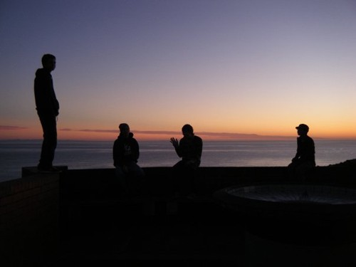 Celebrating fellow traveller Katy's birthday while watching the sunrise in Napier, New Zealand