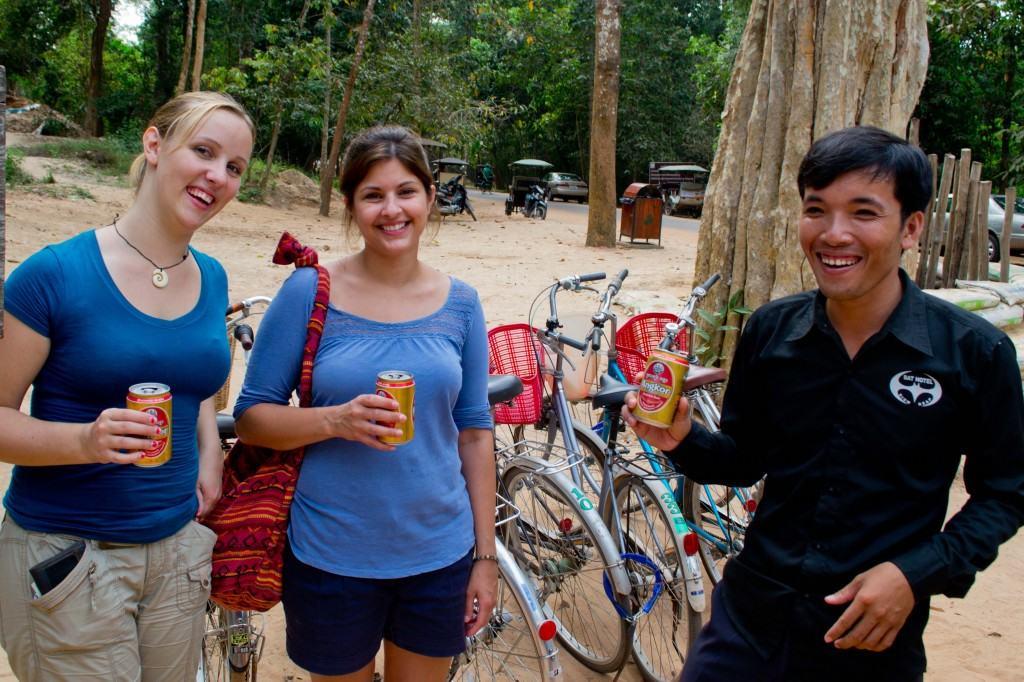 cambodian tuk tuk driver