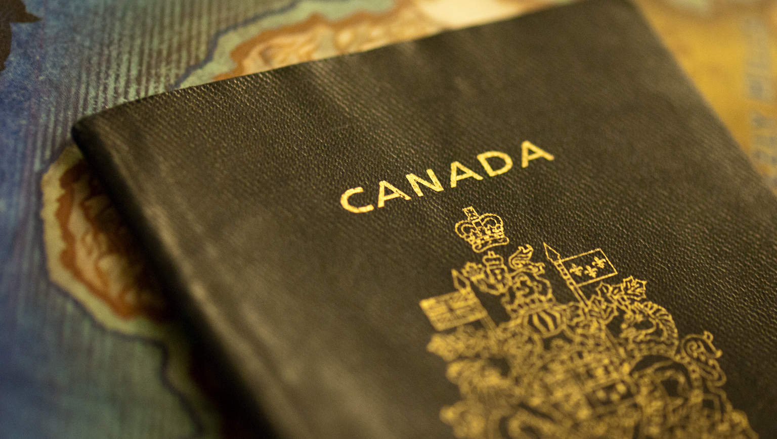 canadian-working-holiday-visa-cover-image