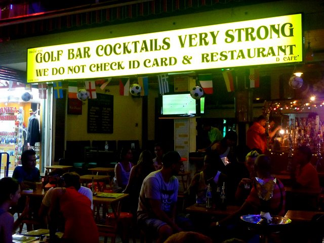 Like this very credible and respectable business on Kao San Road, Bangkok