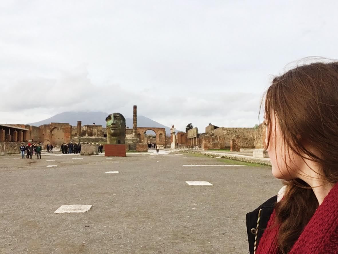 day trip from rome to pompeii
