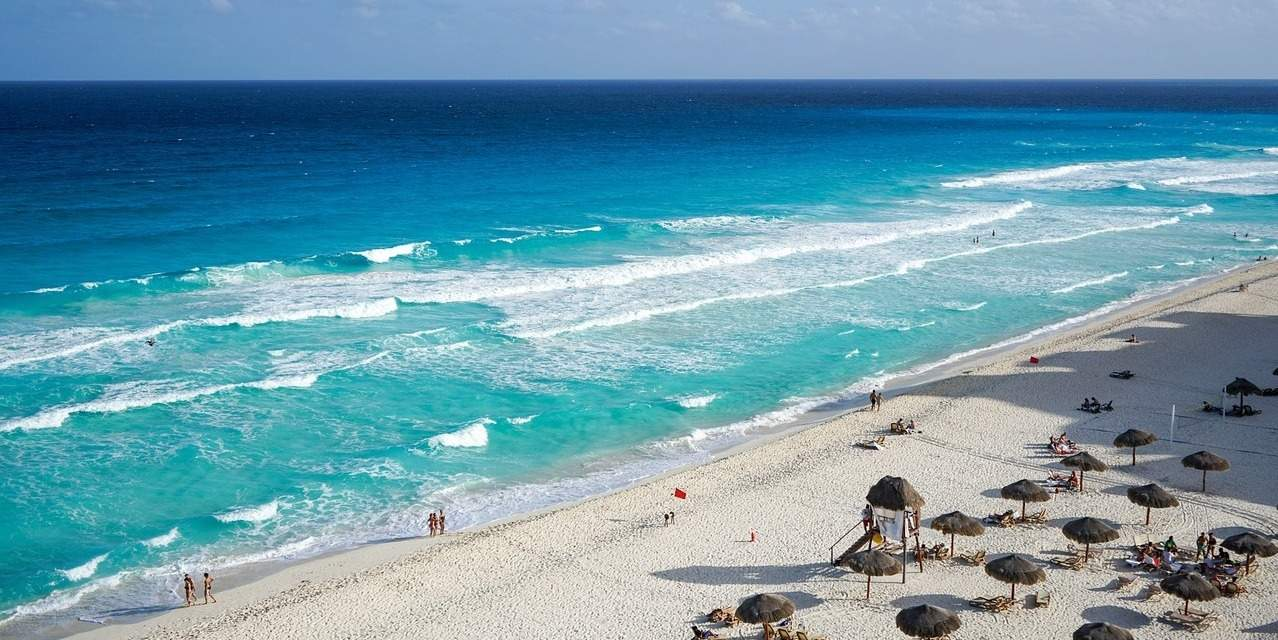 10 things to know before you go to cancun - global goose travel blog
