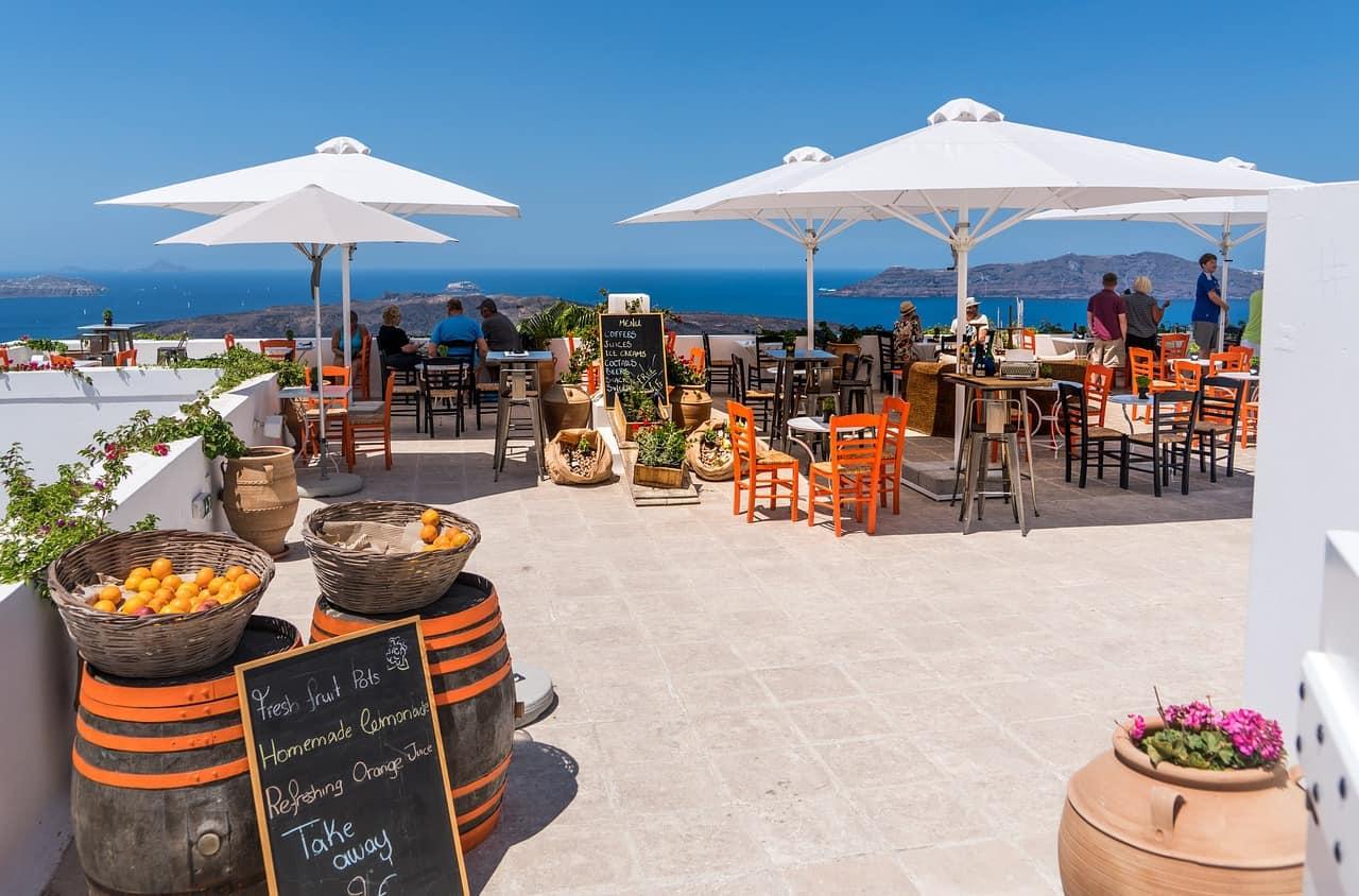 touristy restaurants