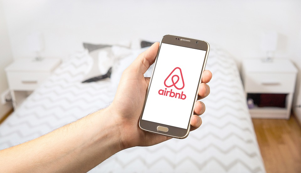 Tell the truth in your Airbnb listing, please!