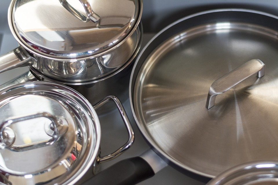 Make sure you have enough cooking pans in your Airbnb kitchen