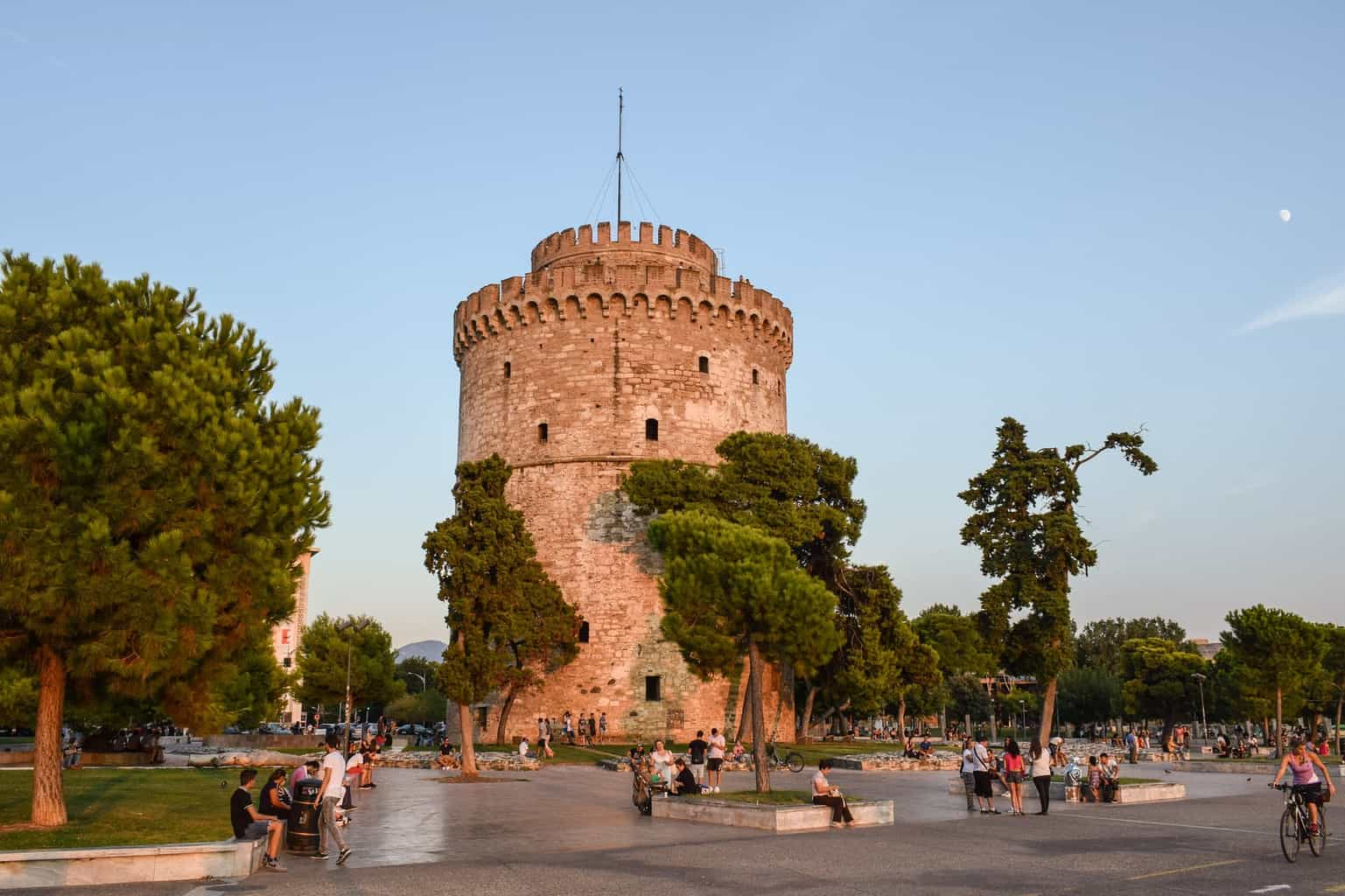 The white tower what to expect in thessaloniki